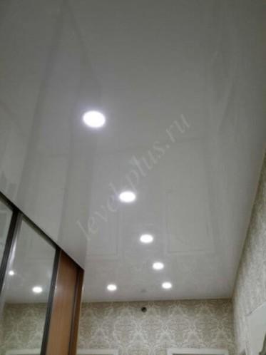 Нефтеюганск лаковый потолок белый
