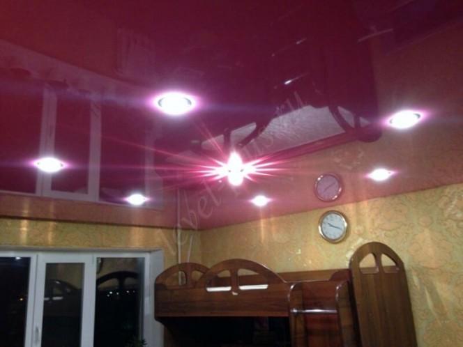Спальня глянцевый потолок Нефтеюганск