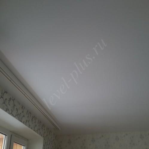 Матовые натяжные потолки белые