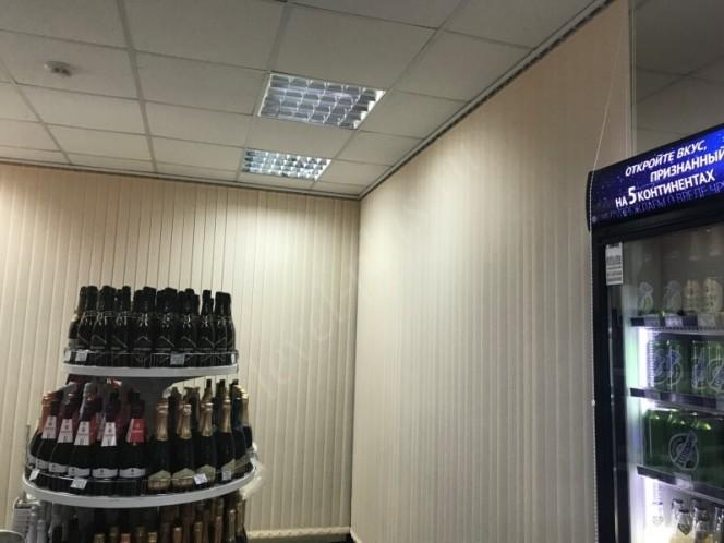 Жалюзи вертикальные в магазине